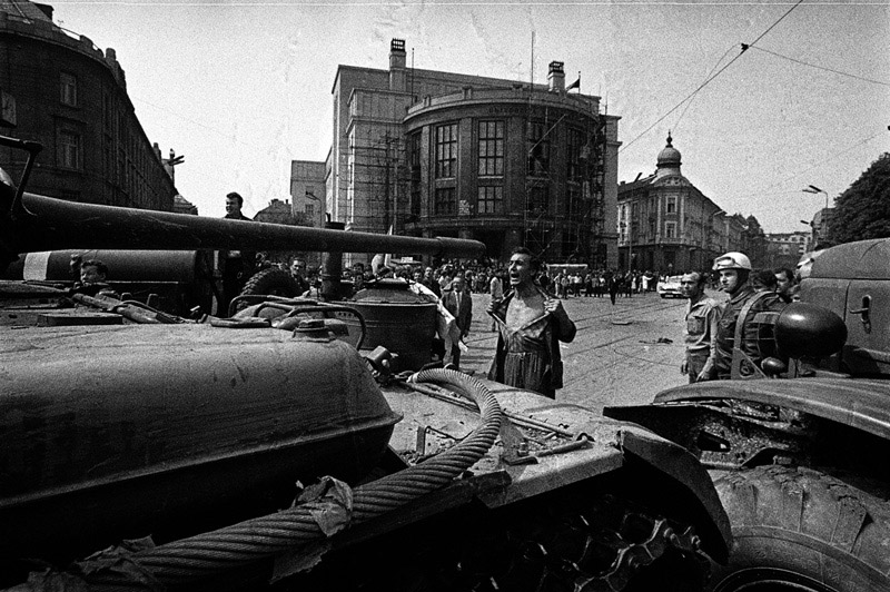 Emil Gallo, a Slovak plumber, stands in front of a Warsaw Pact tank and bares his chest in a gesture of protest during the invasion of Czechoslovakia in 1968.