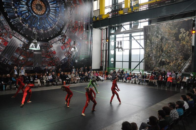 "The premier of ""Quantum Dance,"" by Gilles Jobin and Juilius von Bismarck, with a backdrop image of the CMS detector (Gregory Batardon)"