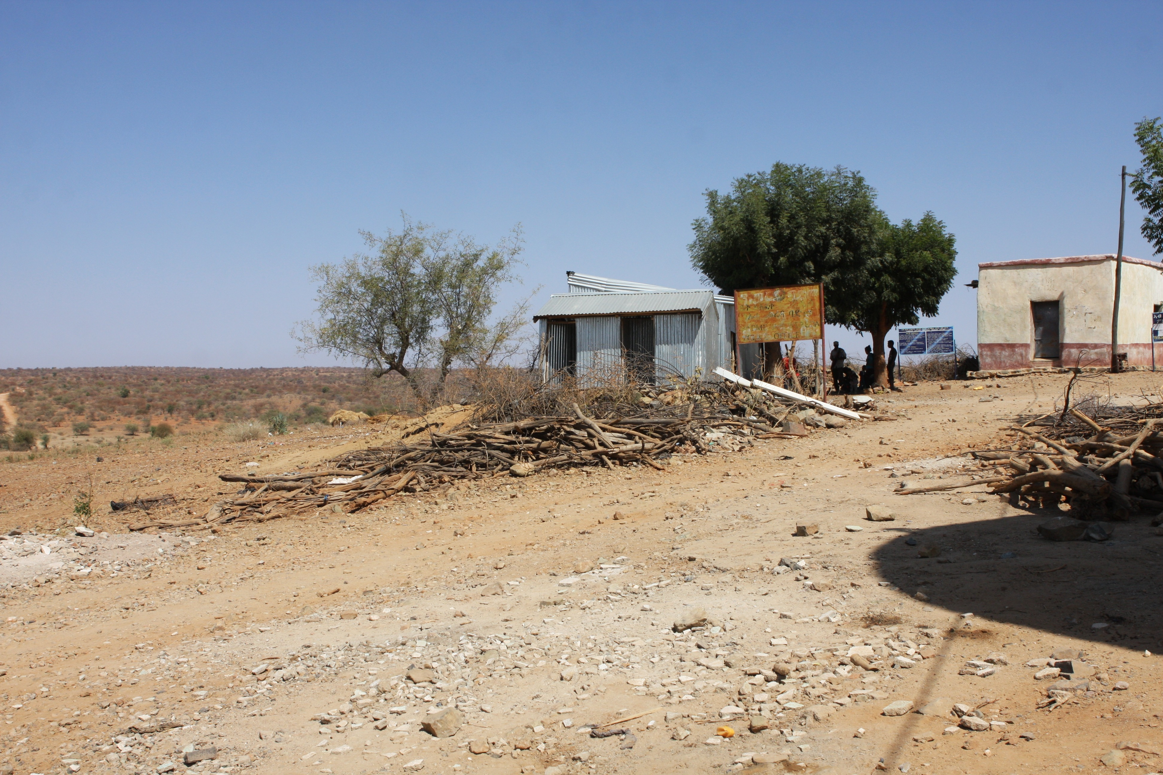 the border station between eritrea and ethiopia