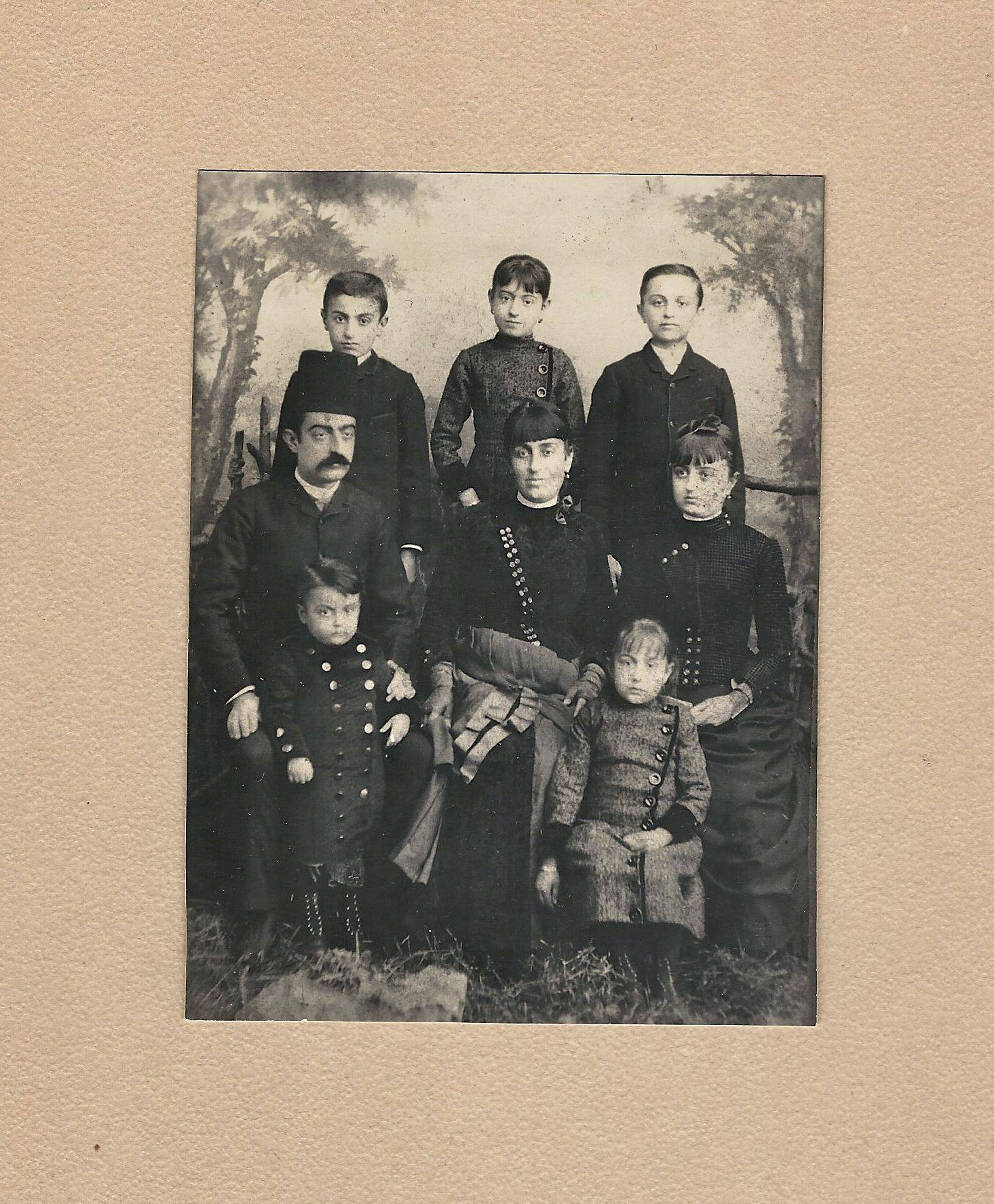 and old photo of Eli Silvera and family in Aleppo Syria in 1888