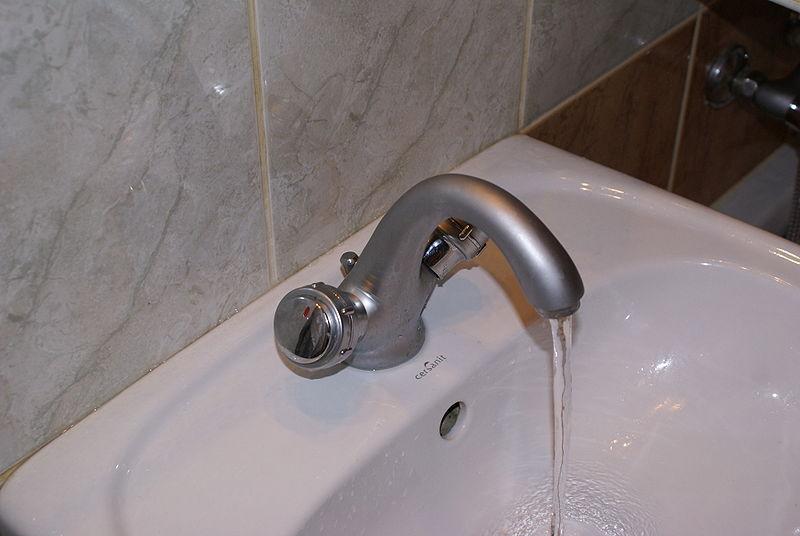 A Running sink.