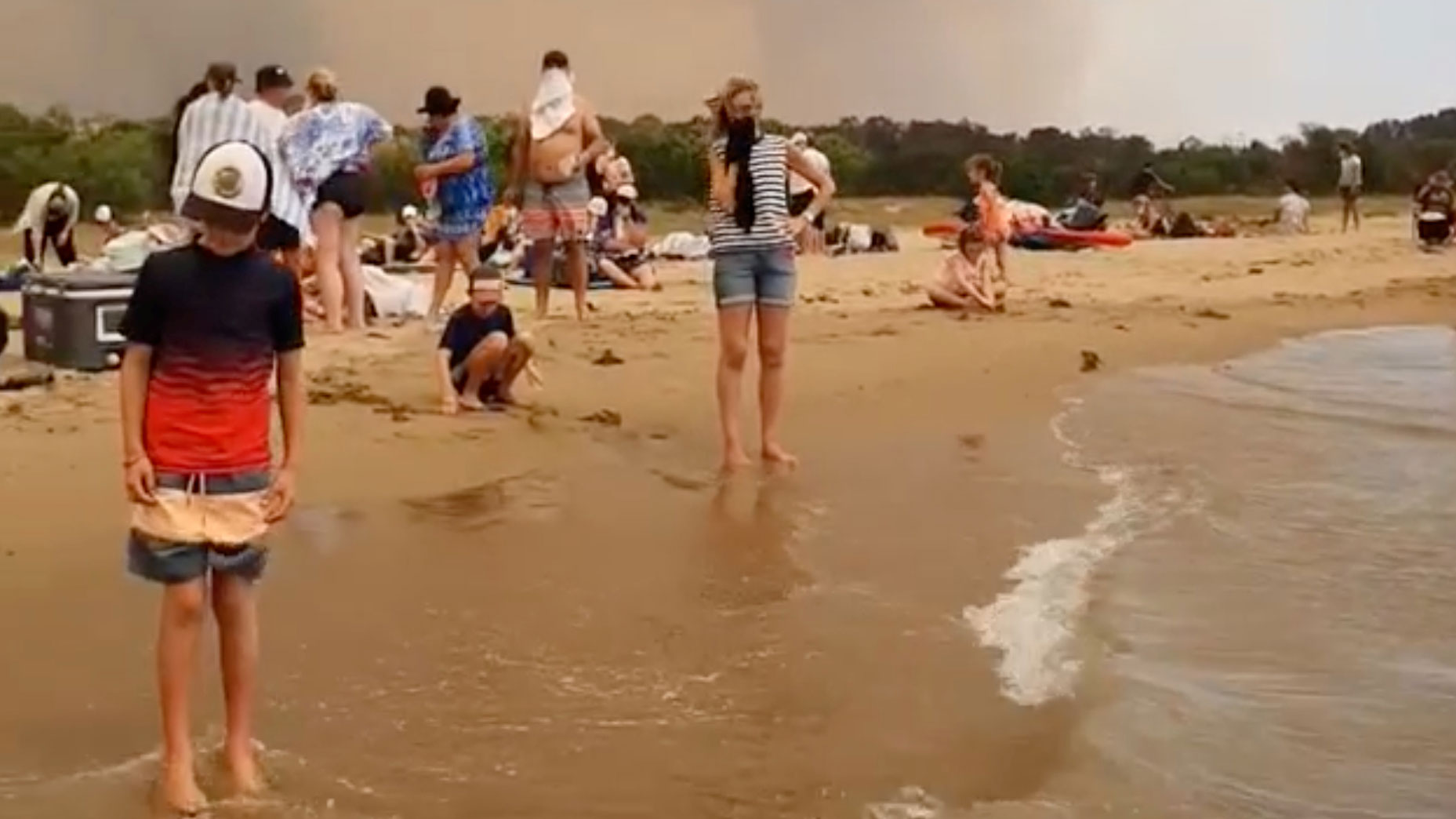 Australian Beaches By Dangerous Bushfires