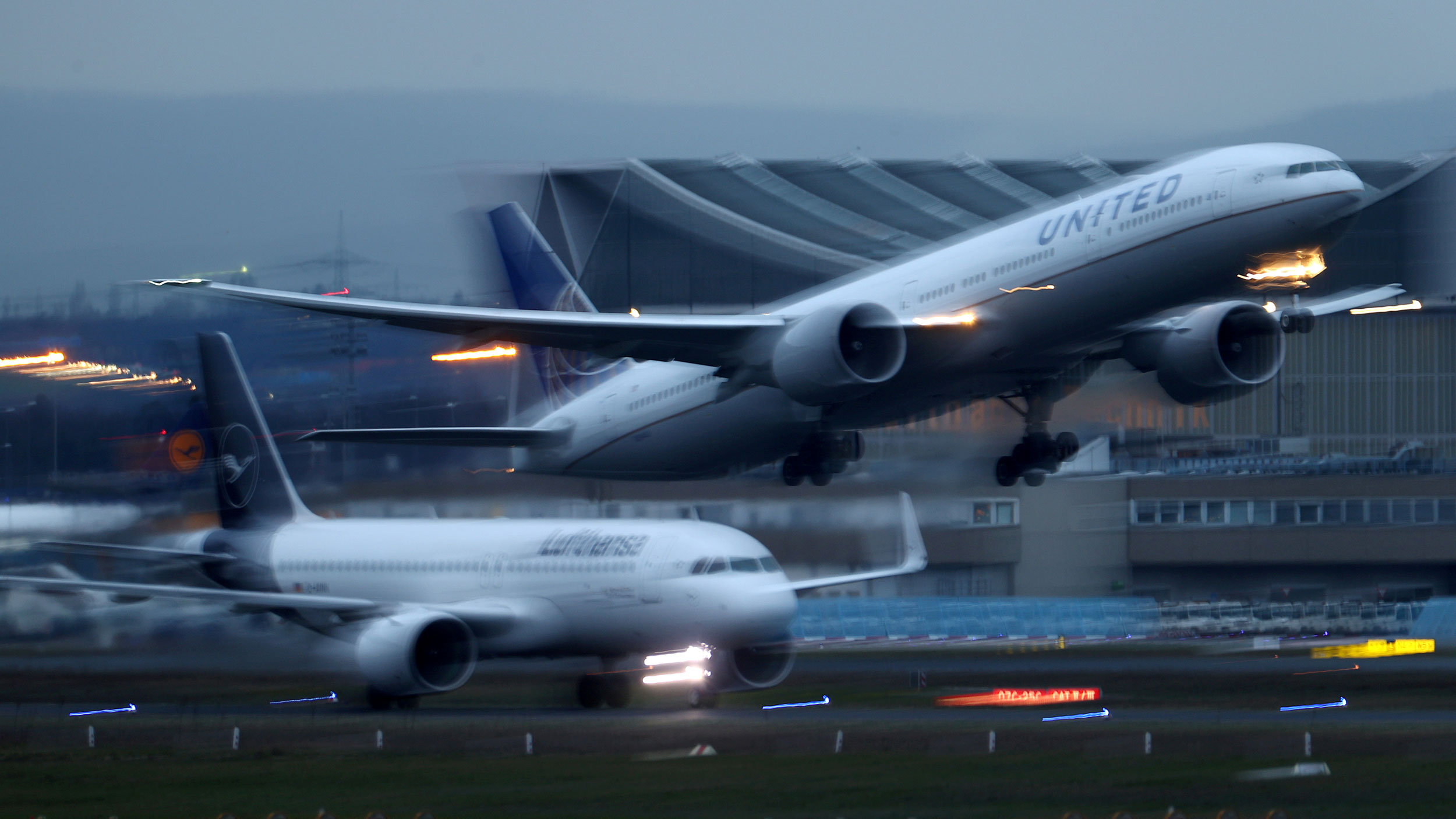 Airplanes of German airline Lufthansa and US carrier United Airlines land and take off at Frankfurt Airport, Germany March 2, 2020.