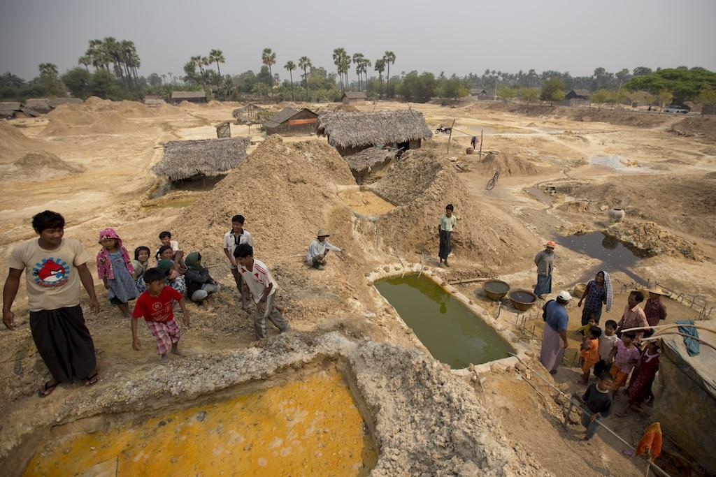 Myanmar s mine raiders living on stolen dirt public for Copper village