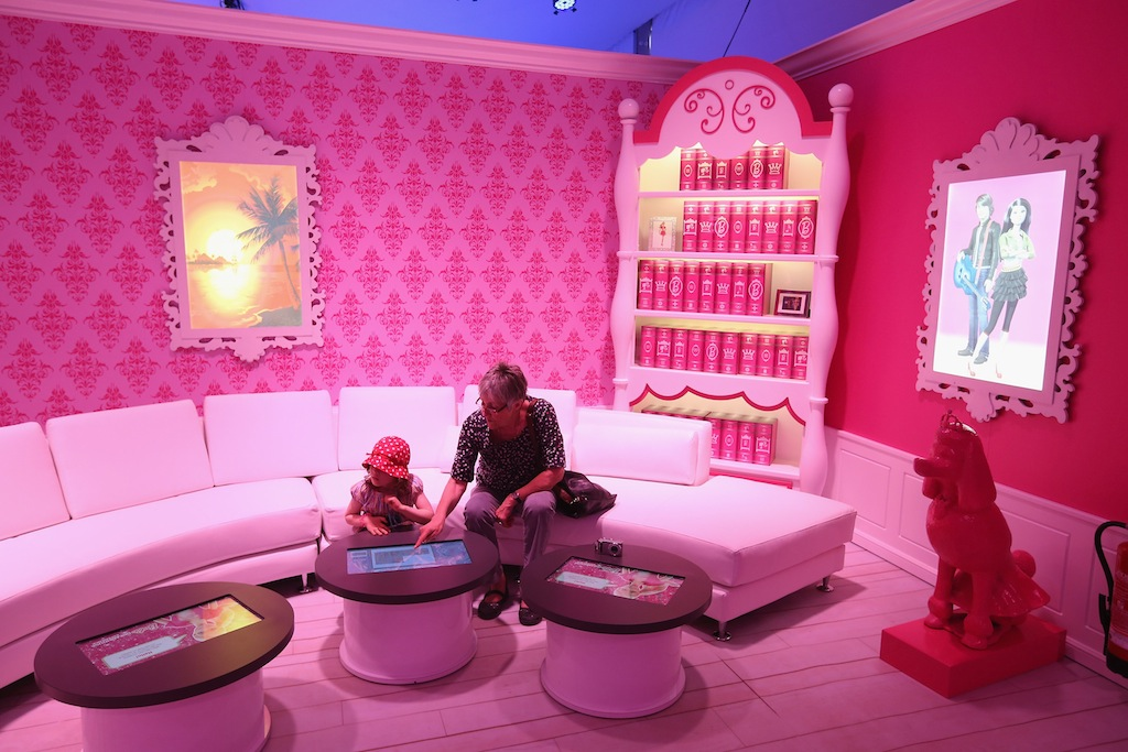 The Barbie Dreamhouse Is A Life Sized House Full Of Barbie Fashion,  Furniture And Accessories And ...