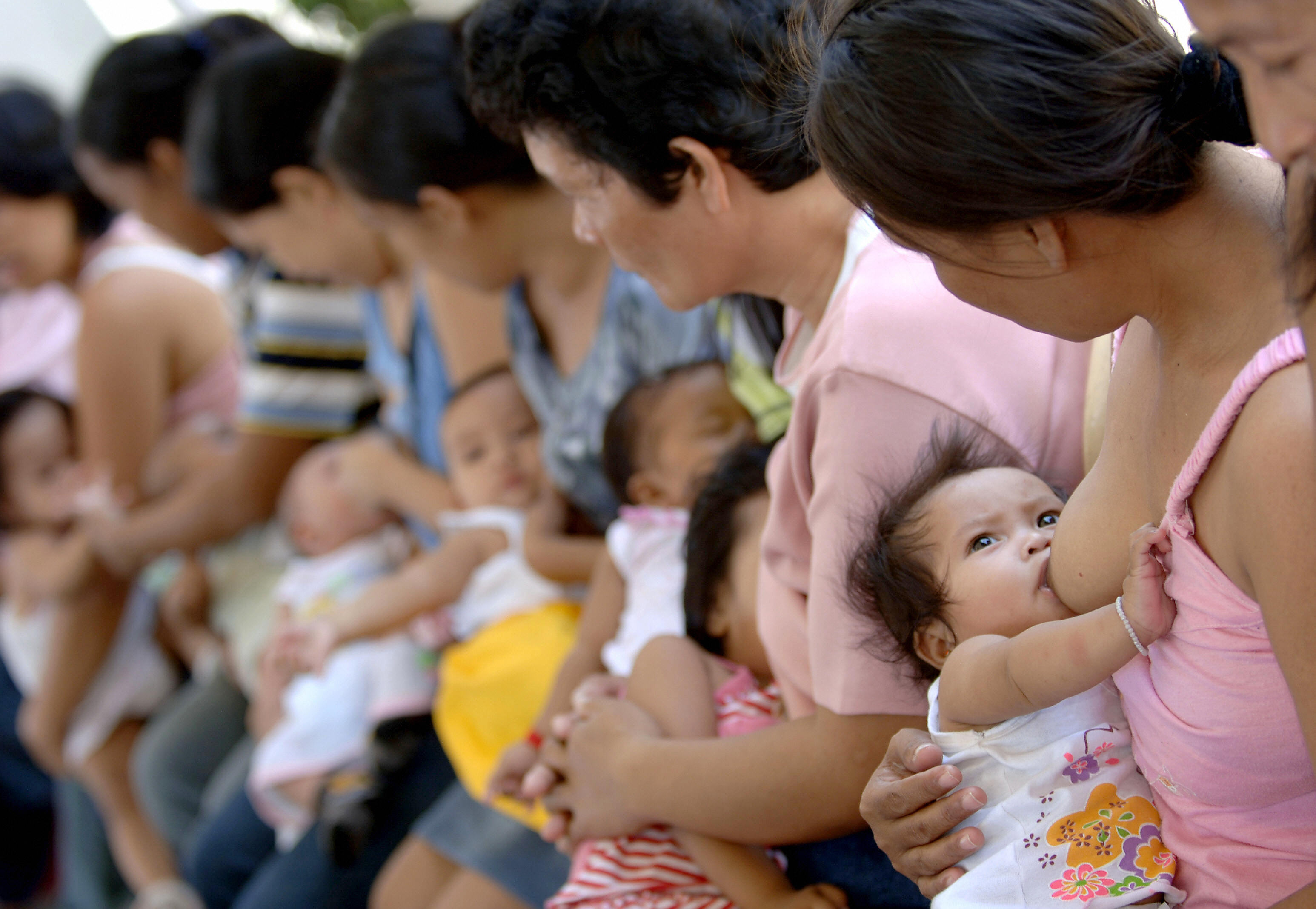 These are the best places to be a breastfeeding mother ...