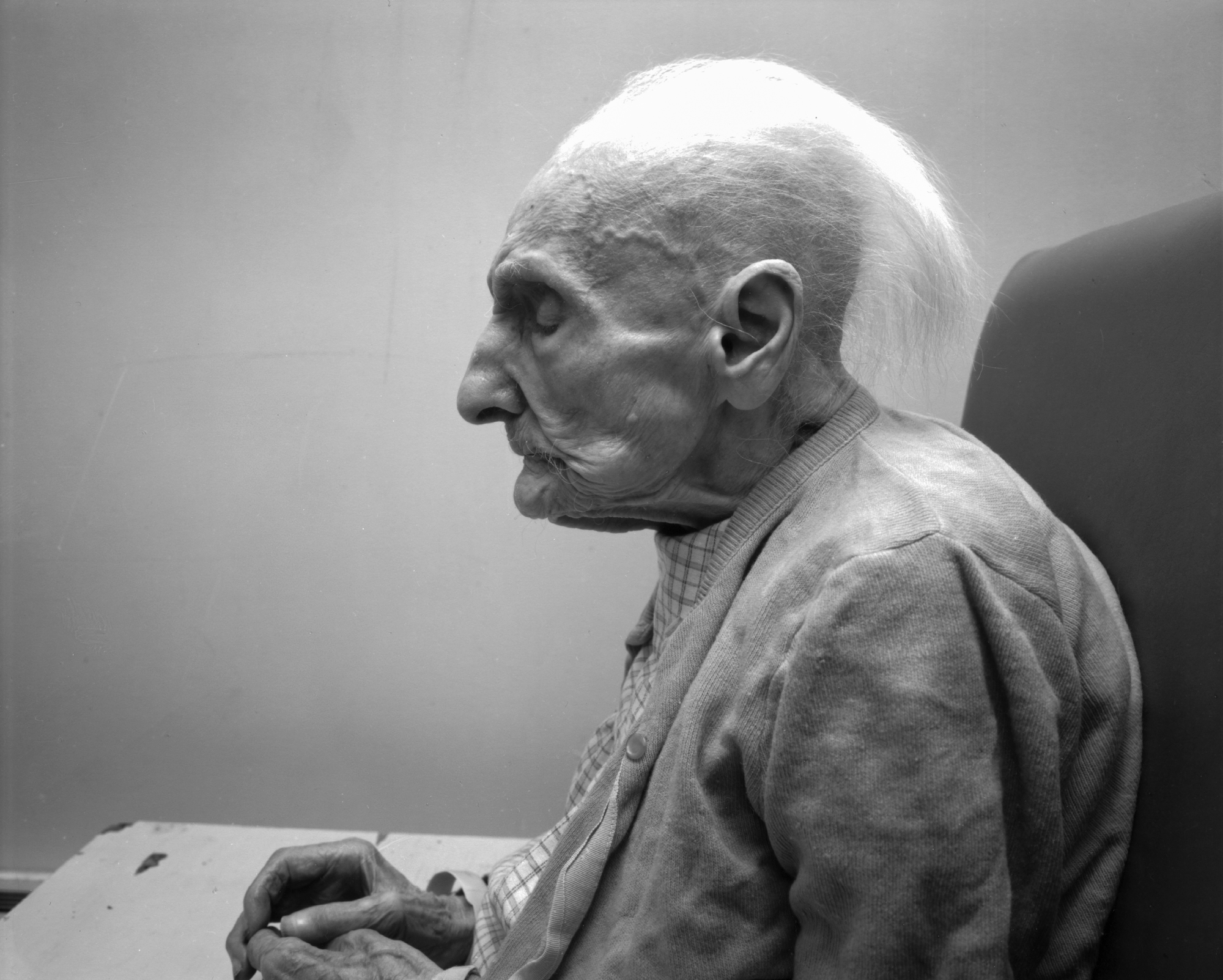 Why This Photographer Takes Portraits Of The Dying