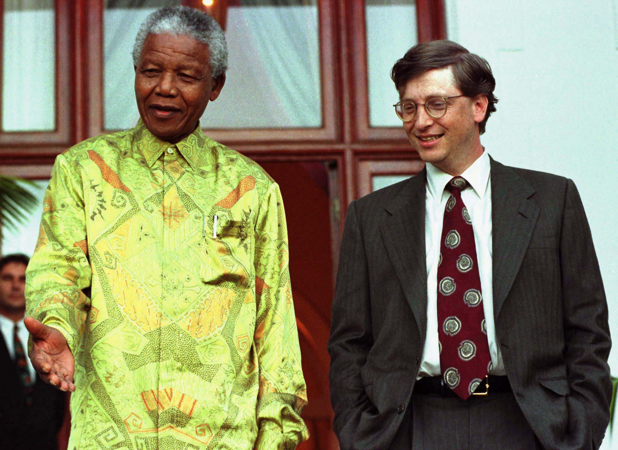 Nelson Mandela and Bill Gates in 1997
