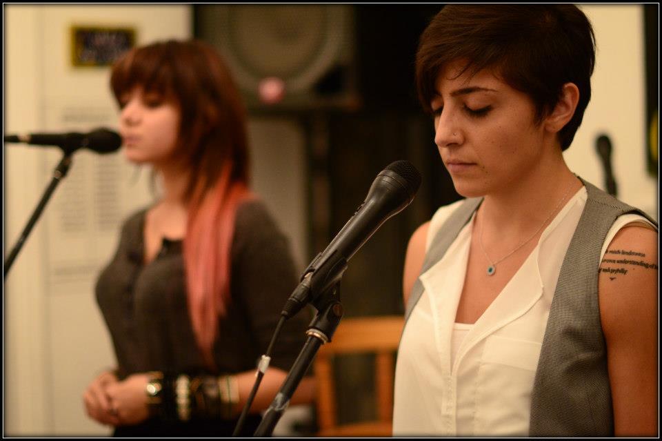 Aysha el-Shamayleh reading one of her poems