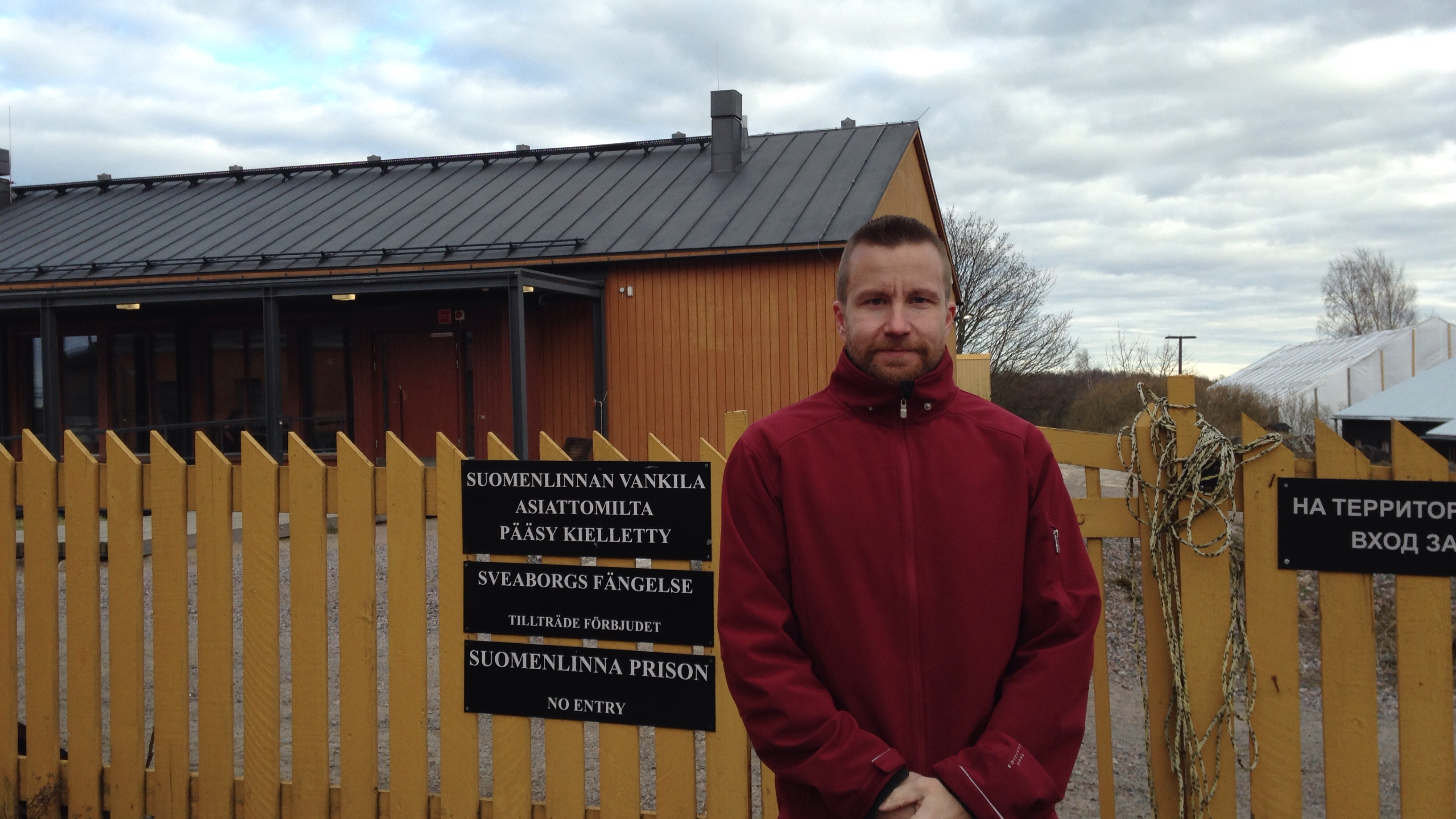 "Jukka Tiihonen served the last few years of his sentence for murder at this open prison on Suomenlinna Island. The yellow fence, with a sign saying, ""Labor Colony"" in Finnish, Swedish, English, and Russian, separates the prison from a neighborhood."