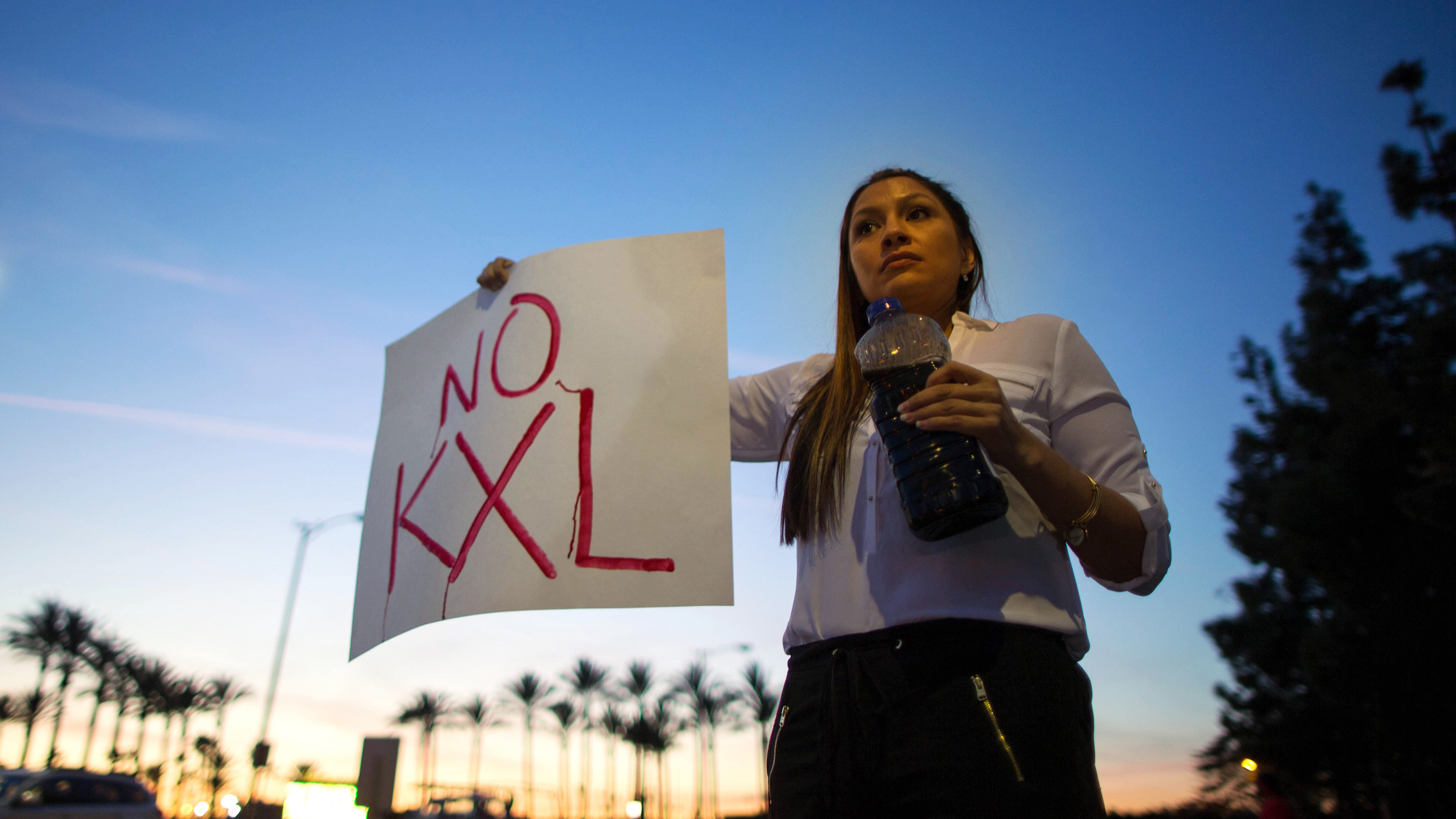 Opponents of the Keystone XL oil pipeline planned to run from the Alberta tas sands to refineries in the US finally got their wish on Friday when president Obama pulled the plug on the project.