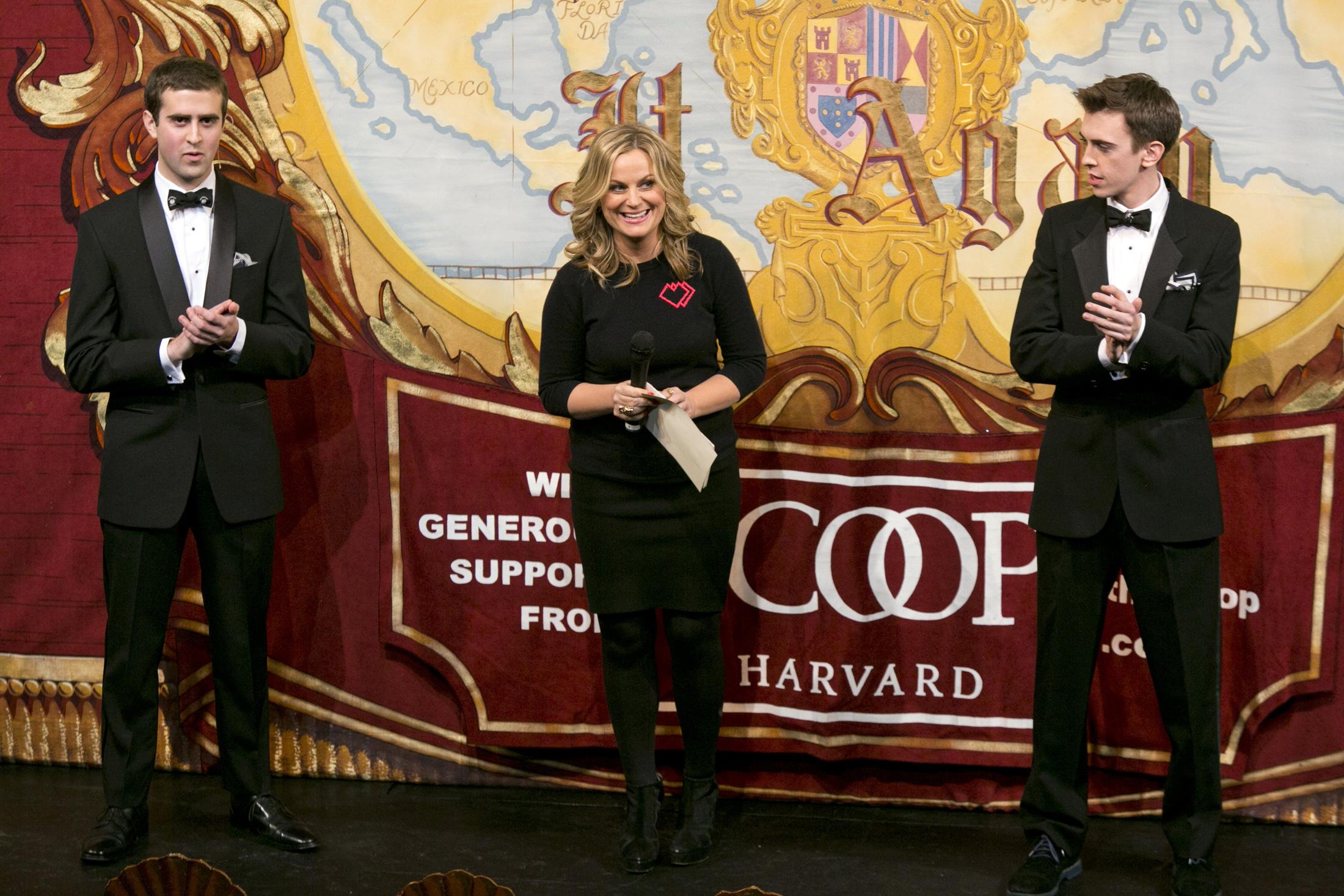 female students try to break the glass ceiling at harvard s hasty actress and comedian amy poehler speaks to the crowd as she is honored a roast as hasty pudding theatricals 2015 w of the year at harvard