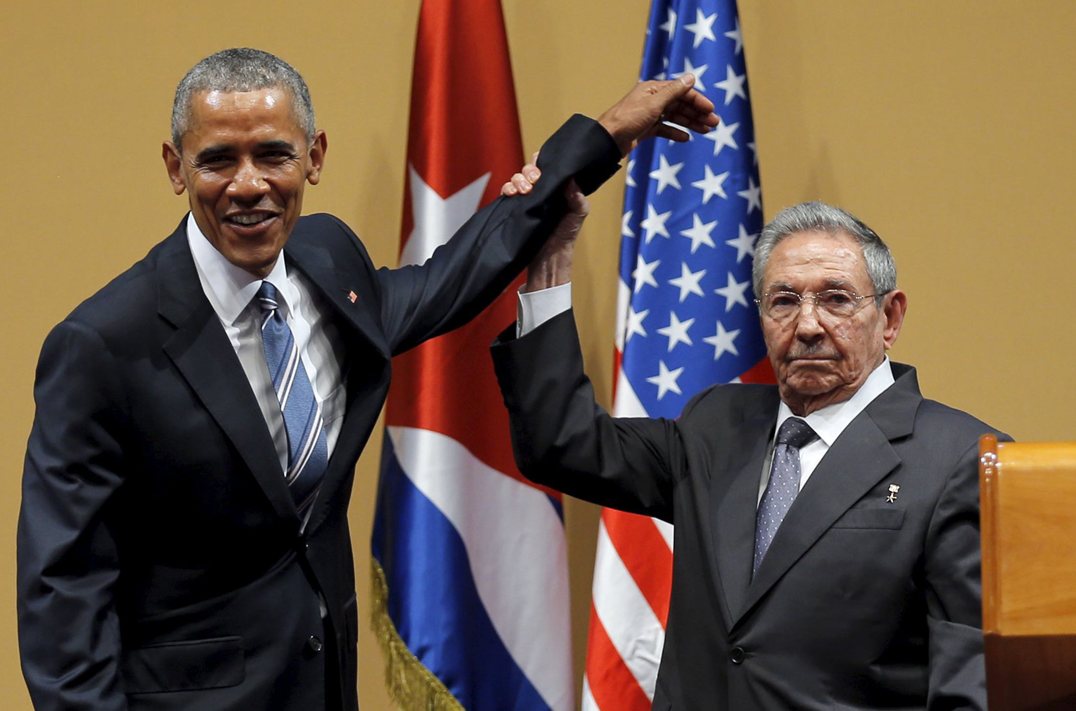 US President Barack Obama and Cuban President Raúl Castro gesture after a news conference as part of President Obama's three-day visit to Cuba. In Havana March 21, 2016.