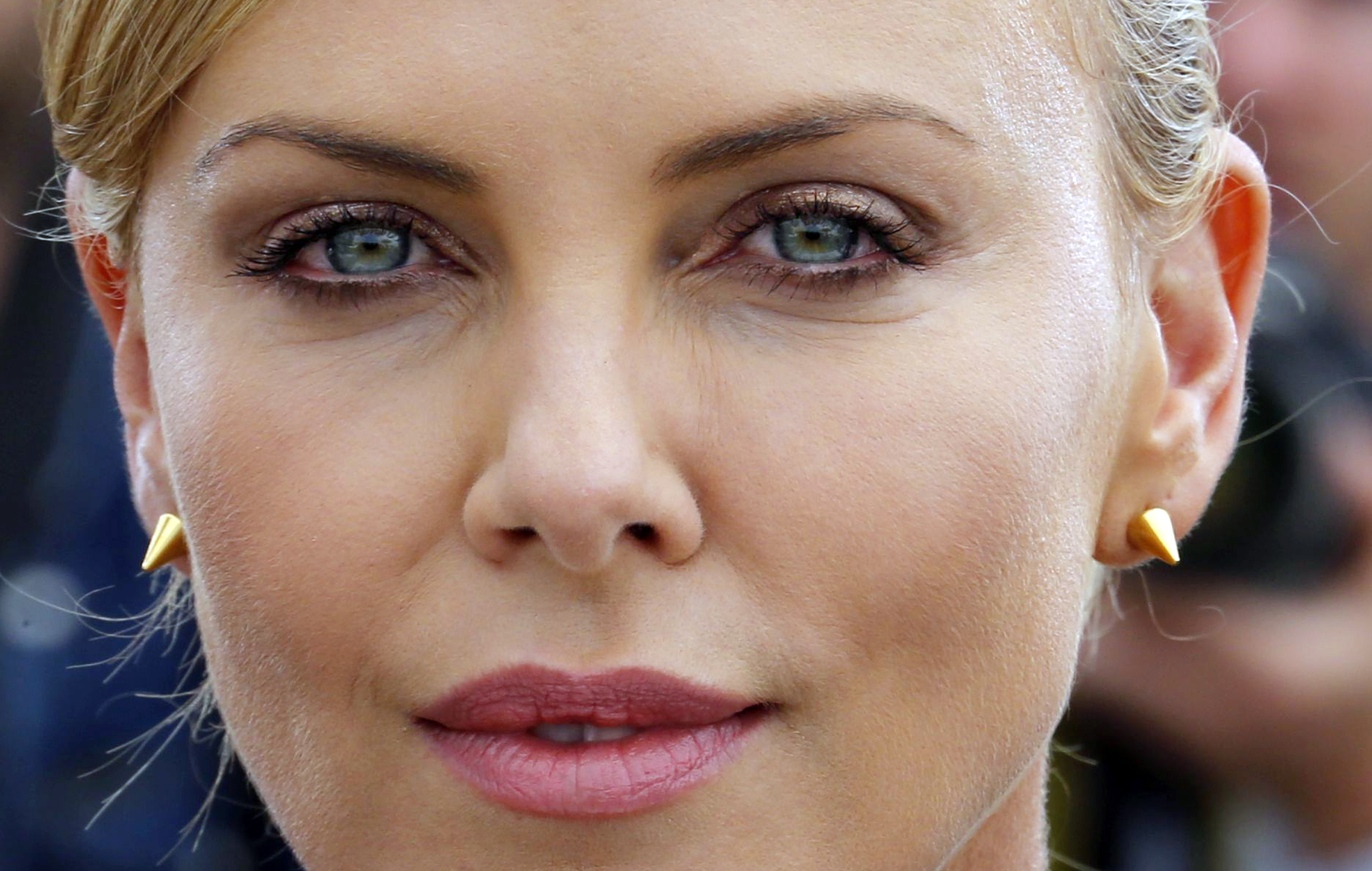 "Charlize Theron knows how to negotiate. You don't have to be in ""Mad Max"" to learn from her."