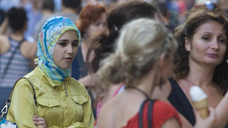 Foreign Women In Turkey 12
