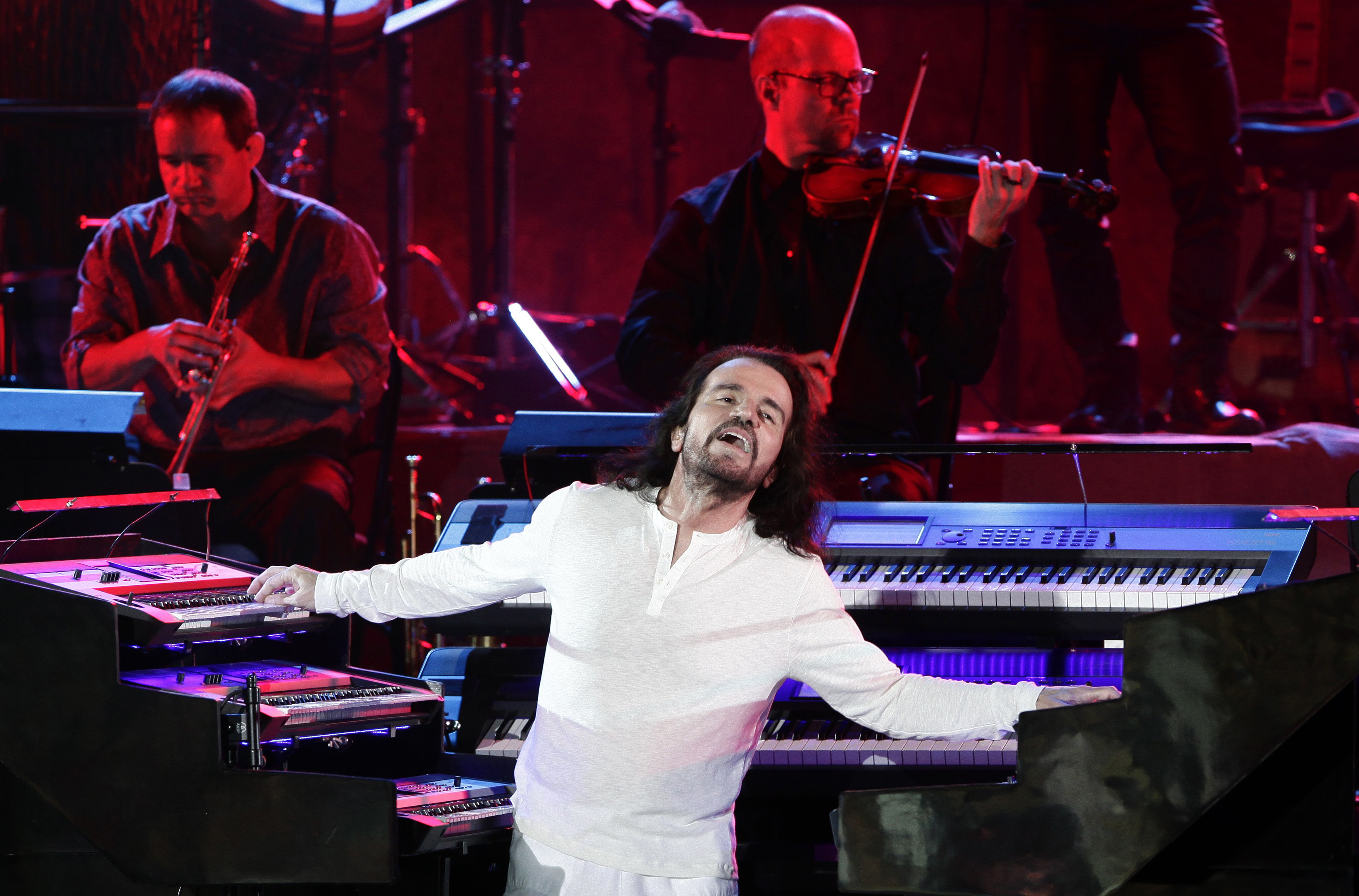 Yanni performs at the International Festival of Carthage in Tunis, July 2014