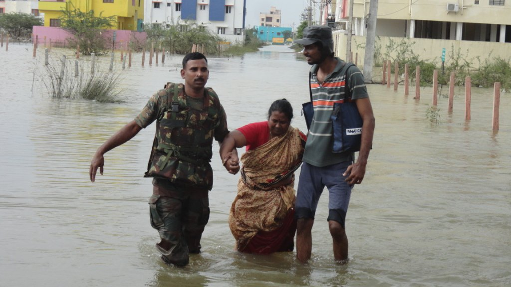 Rescue & Relief operations during #ChennaiFloods #IndianArmy