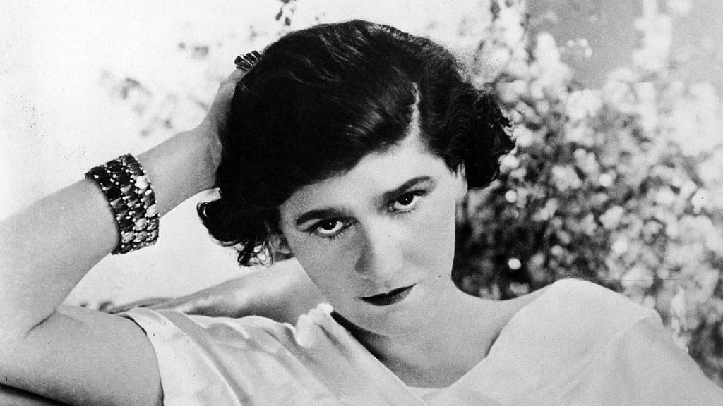 """Gabrielle """"Coco"""" Chanel, 1920"""