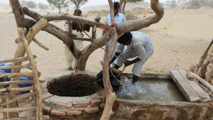Retrieving Well Water In Sindh, Pakistan