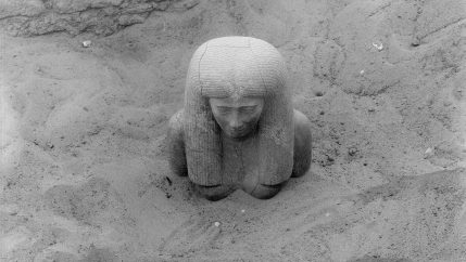 Kerma: Statue of Lady Sennuwy emerging, Dec. 16, 1913