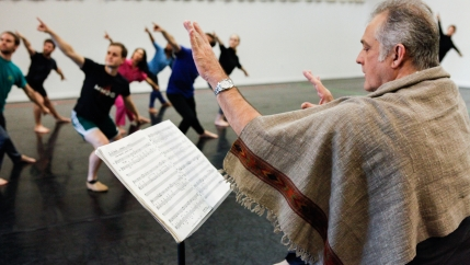 "Mark Morris rehearsing ""Grand Duo,"" Mark Morris Dance Center, Brooklyn, 2015."