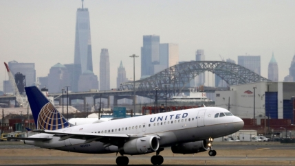 A United plane takes off