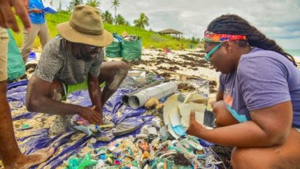 Kristal Ambrose, Bahamas Plastic Movement