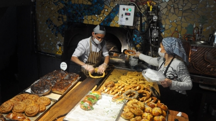 A bakery in the Çukurcuma neighborhood makes a fresh batch of sesame-encrusted rings of bread, called simit.