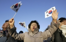 South Korean Christians pray for North Korea in Seoul November 15, 2009. With almost 30 percent of South Koreans either Protestant or Catholic, faith plays a big role in how people think about relations with the North.