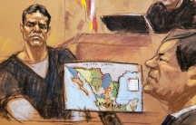 """Vicente Zambada Niebla takes the witness box, at the trial of accused Mexican drug lord Joaquin """"El Chapo"""" Guzman, right,in this courtroom sketch"""