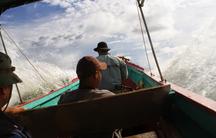 A motor panga (fishing boat) en route to Punta Patiño, a wildlife reserve in the Darién Gap.