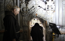 The entrance to the room where the tomb of Jesus is located.