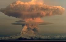 Mount Redoubt eruption