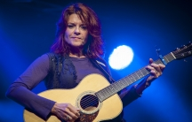 Rosanne Cash performs in 2014