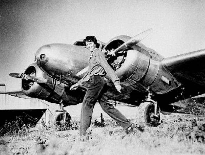 http://pri.org/sites/default/files/styles/gallery_image/public/migration/PriMigrationsDamanticWordpressAttachmentsImagesMigration/www.theworld.org/wp-content/uploads/791px-Earhart_and_electra-e1339443875152.jpg?itok=D1x7jYna