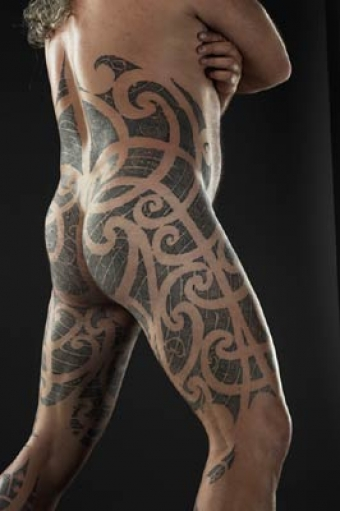 14 samoan warrior tribal tattoos the rock dwayne for The girl with the lower back tattoo review
