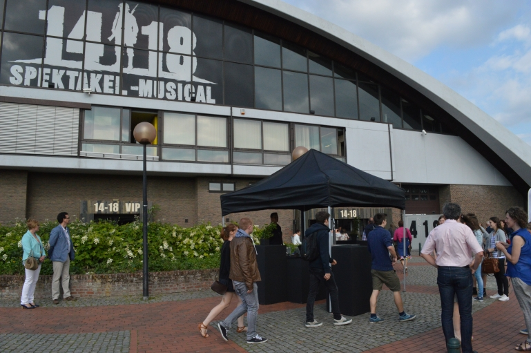 "Arriving at the Nekkerhal arena in Mechelen, Belgium for the English language test show of ""14-18""."