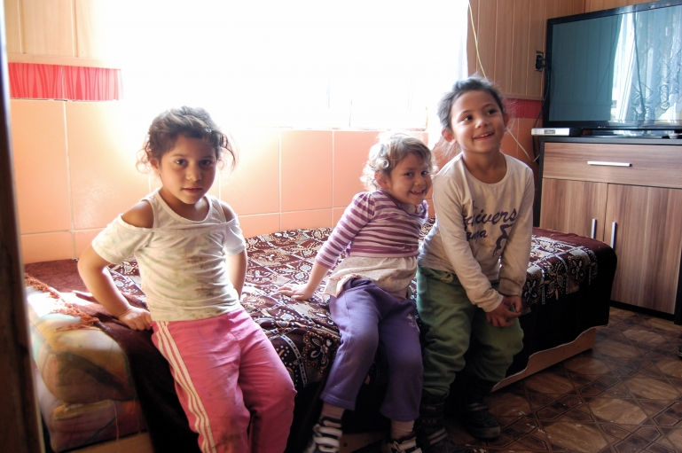 5-year old Bianca Duzdova (right) and her cousins. Bianca's mother, Viera, is hopeful that Bianca will have the opportunity to go to school in an integrated setting.