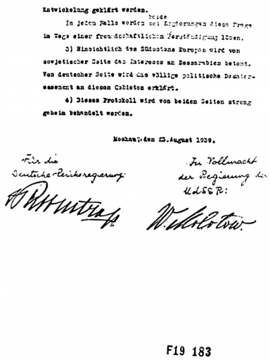 The last page of the Additional Secret Protocol (German version). With a stroke of a pen, the fate of millions changed forever.