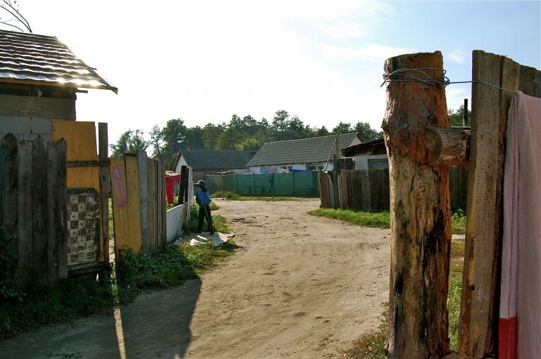 Ostrovany settlement, outside of Šarišské Michaľany, is home to 1,500 Roma.