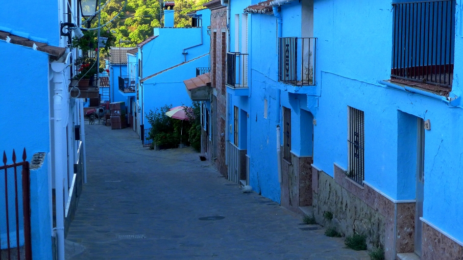 A quiet blue lane in Smurfville, aka Juzcar, Spain.