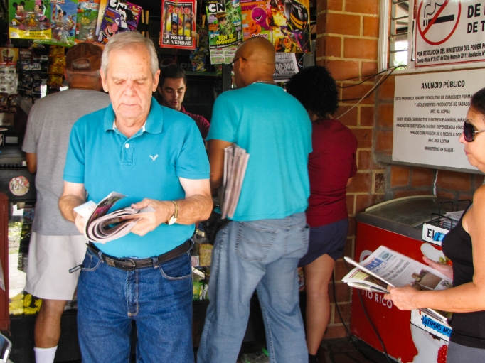 The daily scramble to get a newspaper in Maturín amid Venezuela's paper shortage.