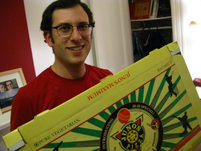 """""""Professional pizza enthusiast"""" Scott Wiener with his current favorite, the VENTiT box from India."""