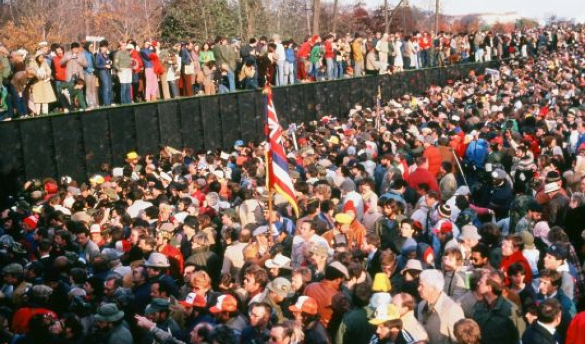 History And Memories Of The Controversy Surrounding The Vietnam Veterans Memorial At The National Mall In Washington Dc
