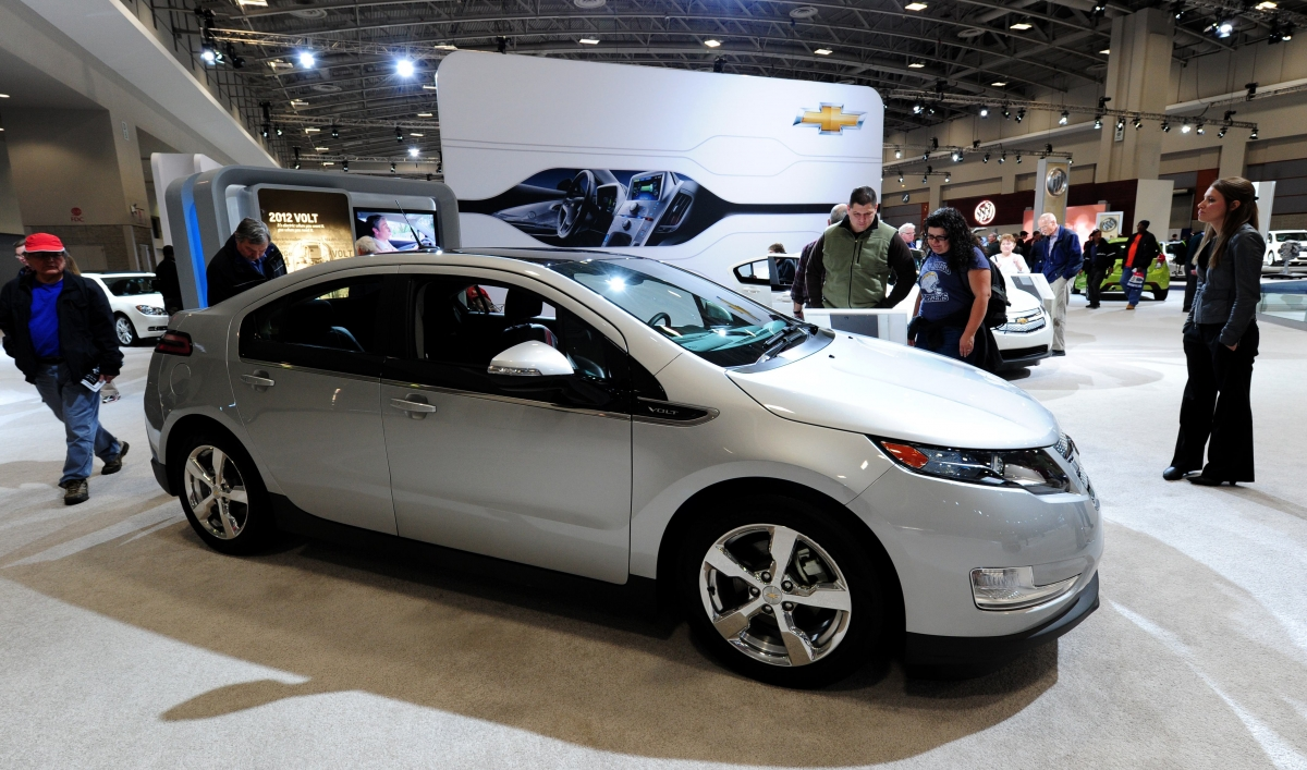 Gm To Suspend Chevy Volt Production Public Radio International Electric
