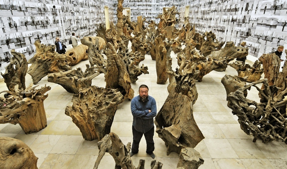China Artists Call Release Detained Dissident Ai Weiwei on live stream radio or listen