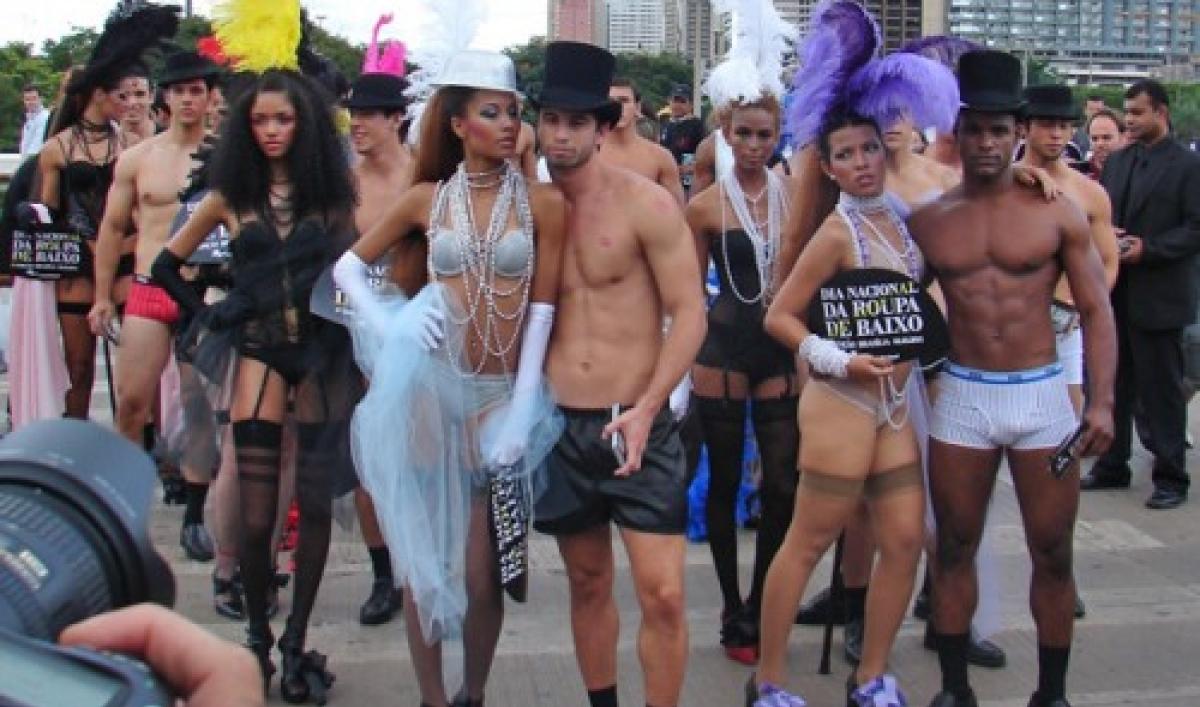 Naked Fashion Show Brazil