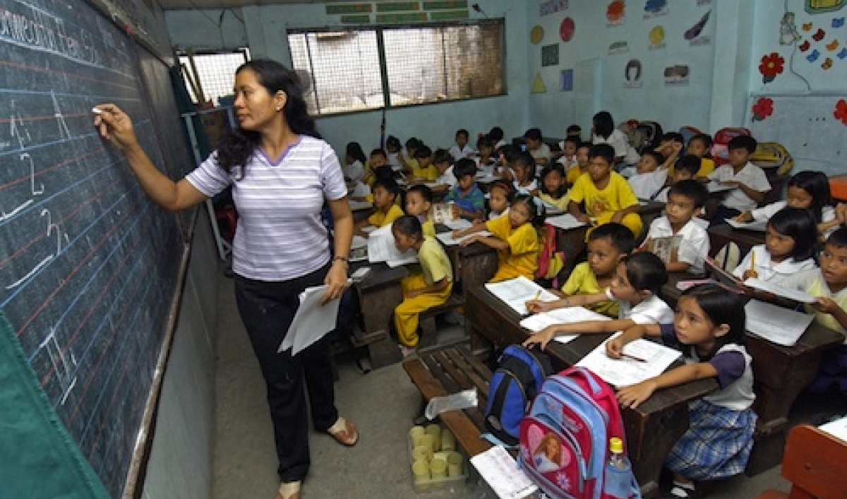 deped sees solution to classroom shortage Misuse of multi-billion peso school fund takes its a moderate classroom shortage since 2011, based on deped finding a solution to the problems.