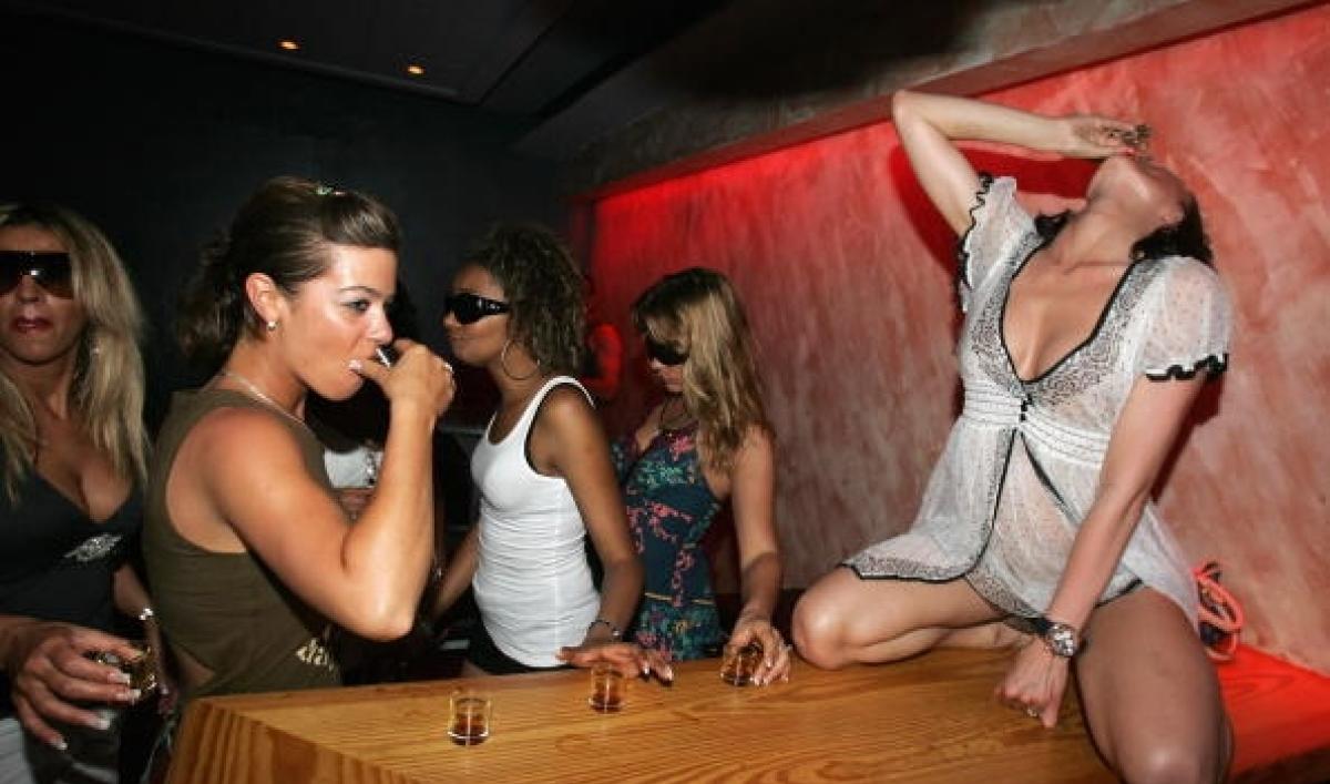ѕроститутка дл¤ вечеринки проститутка алиса тюмень