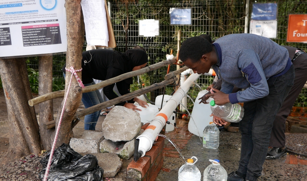 In Drought Stricken Cape Town Parched Residents Gather At A
